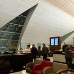 ドバイ空港のマルハバラウンジ