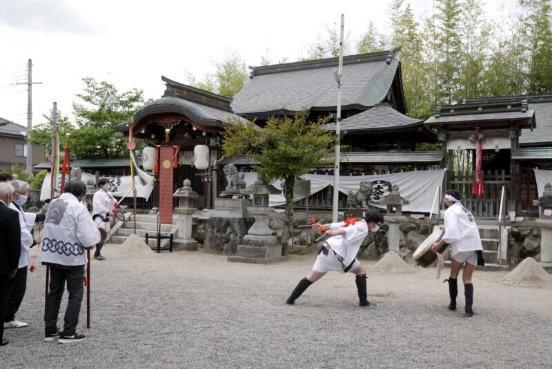 三大神社の草津サンヤレ踊り