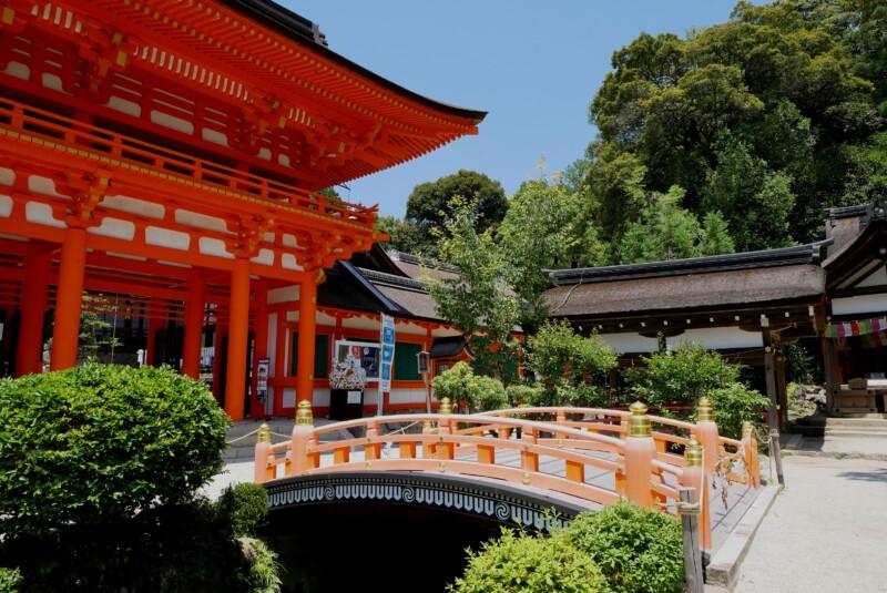 上賀茂神社の楼門と玉の橋
