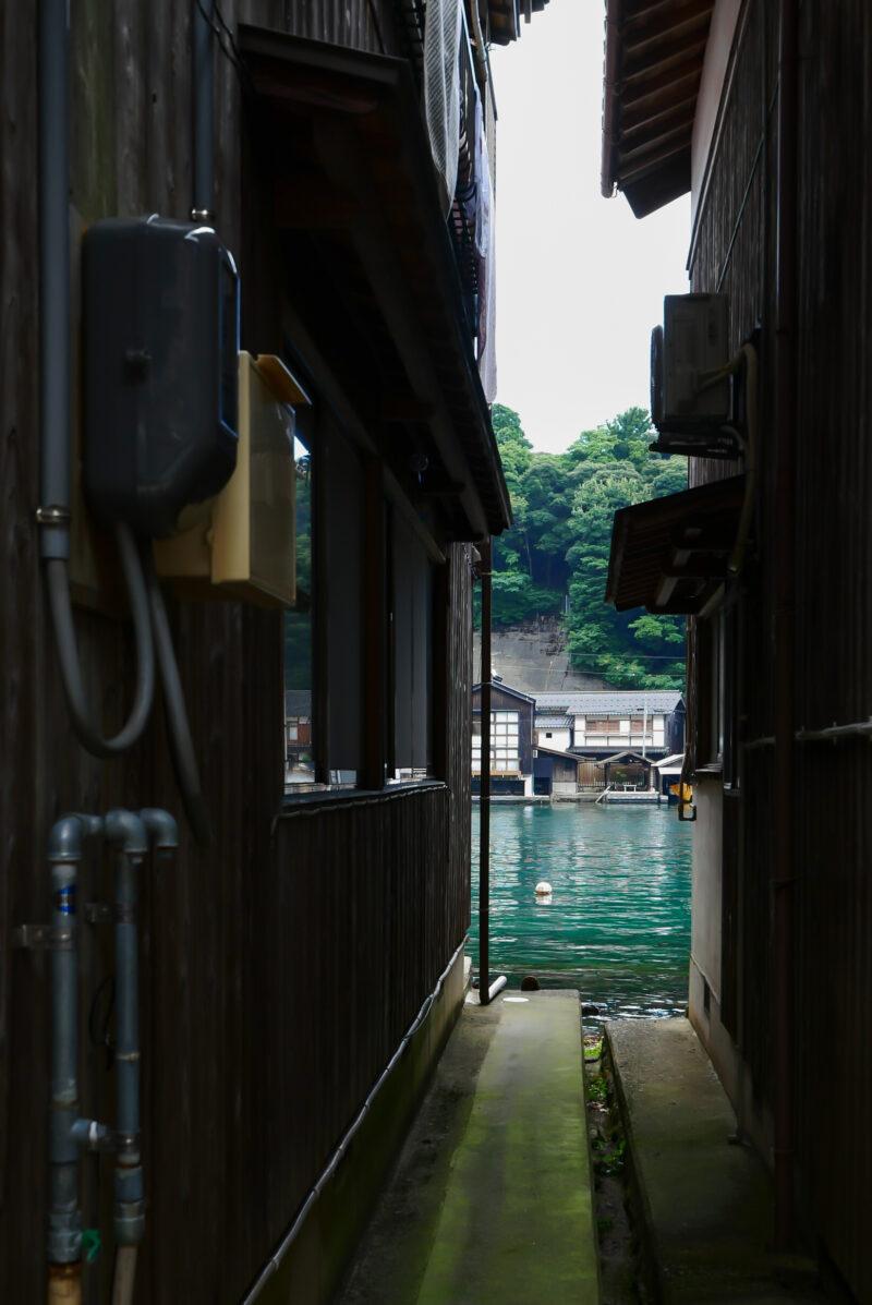 伊根の舟屋の町並み
