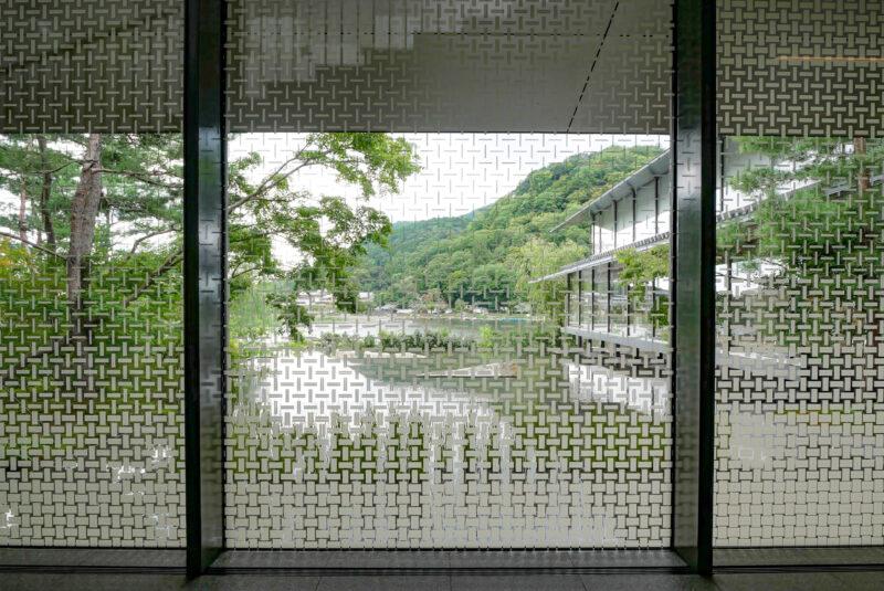 福田美術館の外壁ガラス
